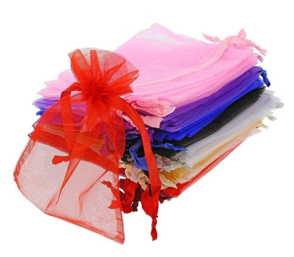 Bolsas-de-organza-medianas-tamaño-15x20-cm.colores-differentes